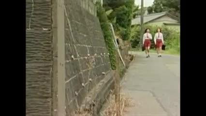 ヘンリー塚本 列車で向かい合わせになった欲求満たされない女二人がレズ...